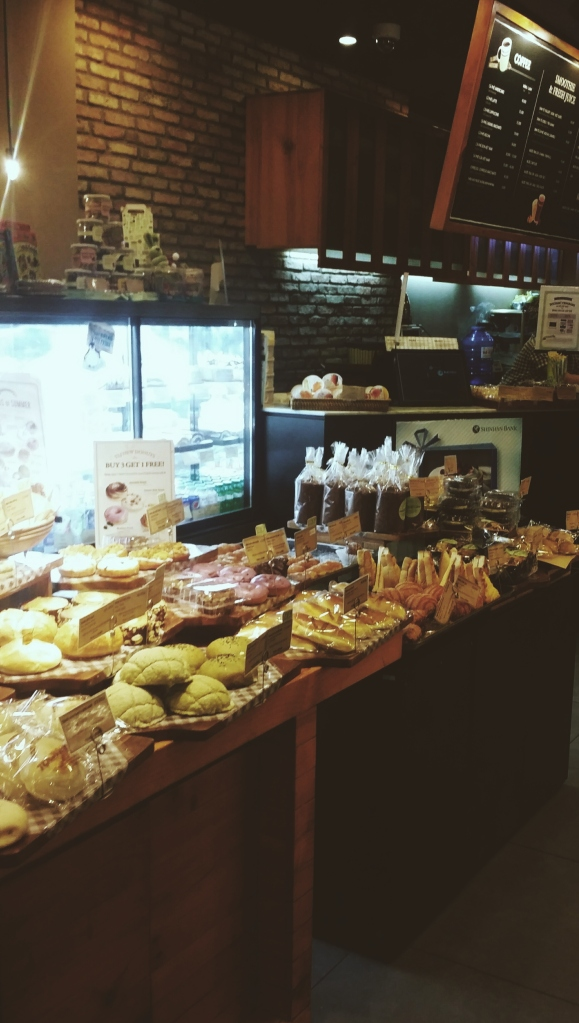Tous Les Jours, an artisan bakery which is home to gorgeous looking pastries and breads